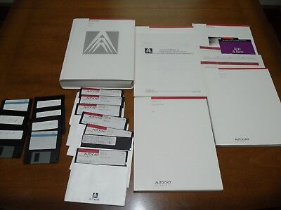 AutoCad Release 11 Lot of Books & Floppy Disc Software