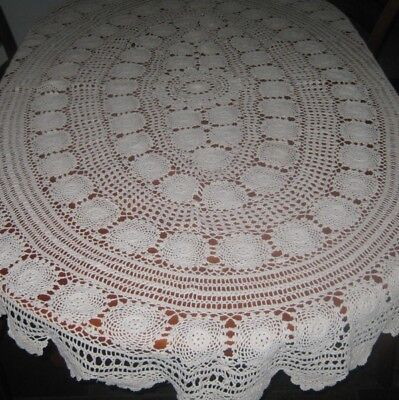Vintage Crocheted Lace Tablecloth ~ Cotton ~ Cream ~ Oval