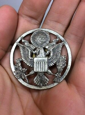 Vtg WW2 WWII US Army Air Force Hat Eagle Screw Pin Badge E Pluribus Unum 1-3/4""