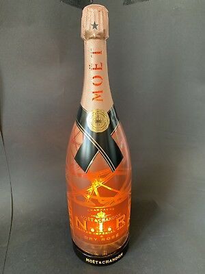Moët Chandon N.I.R. Champagner 1,5l LED Display Flasche Reklame NIR Deko LEER