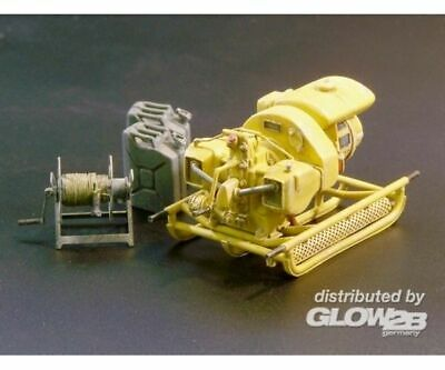 Plus model 421 German power generator WWII in 1:35