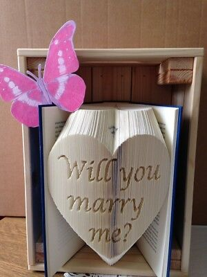 "Gefaltetes Buch ""Will you marry me?"""