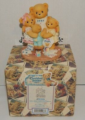 1998 Cherished Teddies MOM with CHILDREN Mother Surrounded by Hugs Love NEW NIB