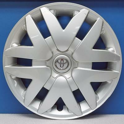 2010 Toyota Camry Factory Hubcaps The Amazing Toyota