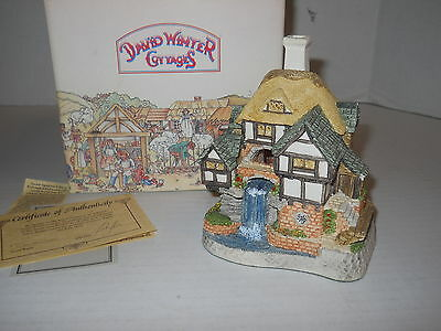 "4"" David Winter Cottages 1994 Wishing Falls Cottage w/COA + Orig Box Hand Made"