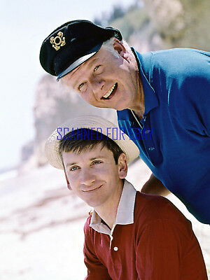 Gilligan's Island Bob Denver And Alan Hale Gilligan And The Skipper Great Photo