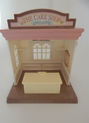 Sylvanian Families The Cake Shop, sweets and gifts building