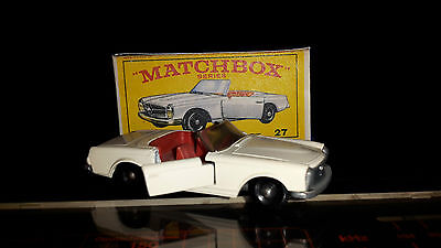 Matchbox No. 27 Mercedes SL 230 in Repro-Box