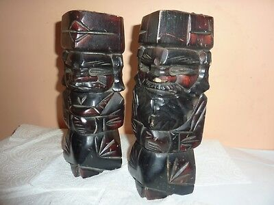 Pair Of Carved Wooden 21 Cm Square Shaped Man & Woman Figures With Clasped Hands
