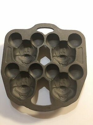 RARE Vintage Disney At Home Mickey Mouse 17210 Cast Iron Muffin Cupcake Pan NEW