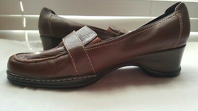 c0a2974931c Naturalizer Slip-On Comfort women s Brown Loafers 9 1 2W