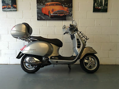 Piaggio Vespa GTS 300 Touring 2013 Metallic Grey
