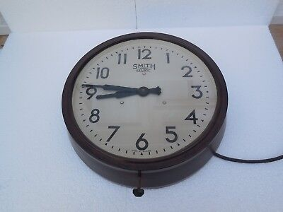 smiths sectric bakelite electric school wall clock vintage 11.5 inch face workin