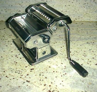 Pasta Machine, iSiLER 150 Roller Pasta Maker, 9 Adjustable Thickness Settings No