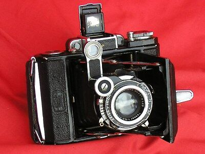 Zeiss Super Ikonta, 16 on 120, Tessar, case, all wkg, tested, good condition