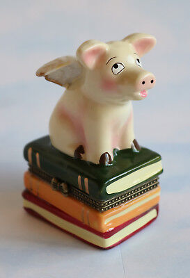 New Handpainted Piggie When Pigs Fly Pig with Wings Porcelain Hinged Trinket Box