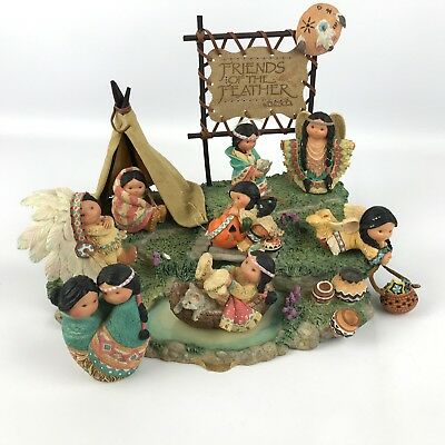 Enesco Friends of the Feather Large Display With 8 Figurines