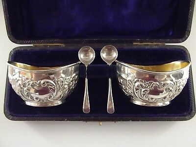 Pair Of Antique Silver Open Salts & Matching Spoons Birmingham 1902 Boxed R32/2