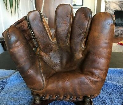 Red Rolfe Reach Split Finger Vintage Baseball Glove