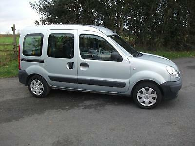 Renault Kangoo 1.2 16v 75 Authentique Disabled Access With Ramp