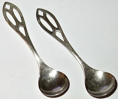 PAIR/LOT of TWO (2) EARLY Antique STERLING SILVER SALT SPOONS~LOT #1! NR!