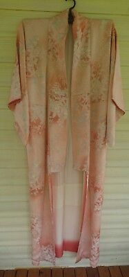 Lovely Pale Pink Floral Patterned Vintage Japanese Full Length Silk Kimono
