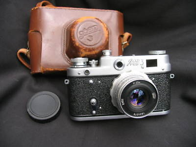 Russian Fed 3 camera, copy of Leica range finder camera with original case