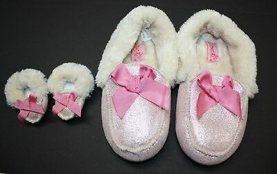 Target Our Generation Girls & Dolls Pink Sparkly Furry Slippers Size: Small NWOT