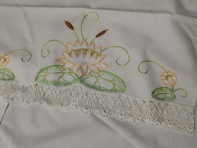Vtg Hand Embroidered White Linen Sheet & 2 Pillowcases, Water Lily