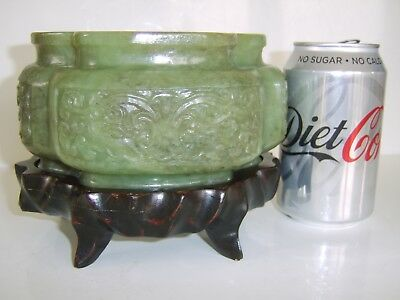"""""""wow"""" Large Amazing Chinese Antique Carved Jade Vase On Wood Stand Unsure Of Use"""