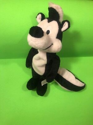 PEPPE LE PEW SKUNK Beanbag Plush Collectible, Warner Bros.