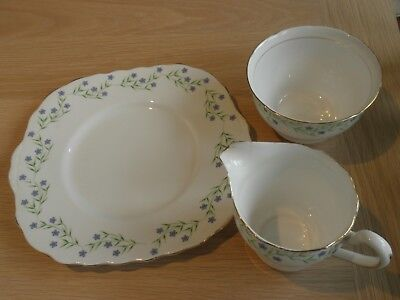 Royal Vale China Milk Jug+Sugar Bowl +Bread+Butter Pla   Pretty Design. Ex Cond.