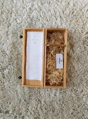 The Macallan 25 year Scotch Whiskey Empty Wood Box Collectible Wooden Gift Bar