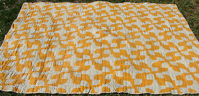 "antique cotton Drunkards Path all hand quilted quilt, 92"" x 73"", no reserve   *"