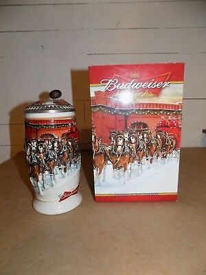 Budweiser 2006 Holiday Christmas Lided Stein