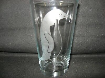 New Etched Adelie Penguin Pint Glass Tumbler