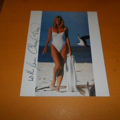 Cheryl Tiegs is an American model and fashion designer Hand Signed 8 x 10 Photo