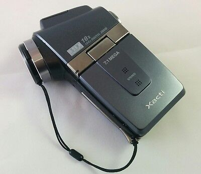 Sanyo Xacti Digital Video Camera VPC-HD2EX - 10x Zoom - 720P - Used