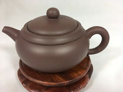 Sturdy Yixing teapot with Zisha clay filter