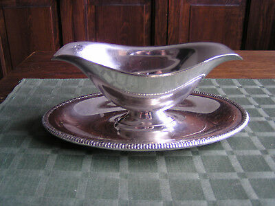 Vintage Wm Rogers Silverplate Double Spout Sauce Gravy Boat Attached Plate XCond