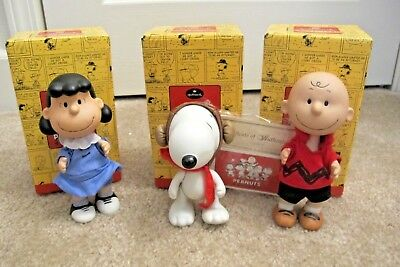 HALLMARK Peanuts Gallery Snoopy Lucy Charlie Brown Jointed Ceramic Figurines NEW