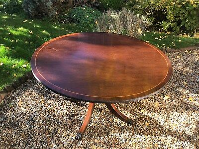 Round antique dining table 121cm wide