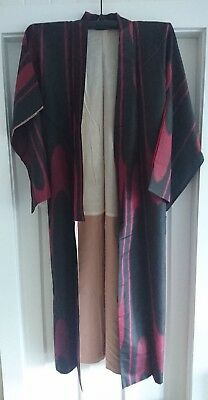 Fabulous Black And Red Vintage Japanese Full Length Silk Kimono