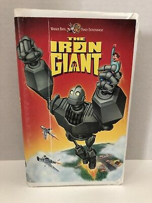 THE IRON GIANT Warner Bros. Family Entertainment VHS Clam Shell
