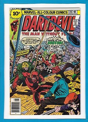 """Daredevil #136_August 1976_Very Fine_Jester_""""a Hanging For A Hero""""_Bronze Uk!"""