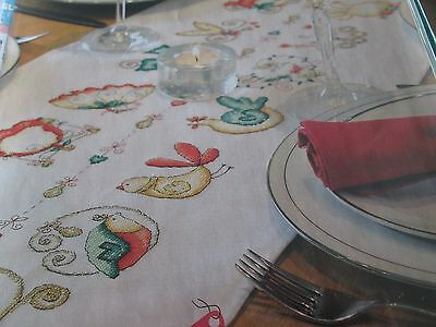 'Festive Dining' Lucie Heaton tablecloth cross stitch chart(only)