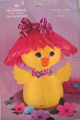 VINTAGE 1960's HALLMARK EASTER FLOWERS & DUCK HONEYCOMB TISSUE DECORATION USED