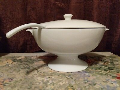 Pottery Barn Great White Collection Footed Tureen, Ladle And Lid - Pristine!