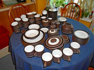 Hornsea Contrast-plates, bowls, sugar bowl, cups and saucers