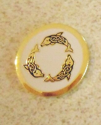 1 only WHITE  DOLPHINS GOLF BALL MARKER approx 23mm